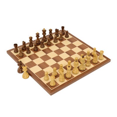 Zagreb Compact Wood Chess Set